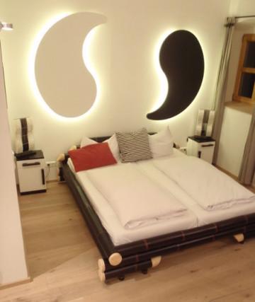 Appartment Einrichtung, Landgasthof Schmuck, Yin Yang Style